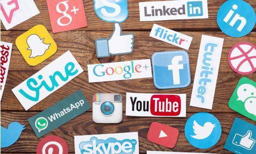 service clientèle des réseaux sociaux
